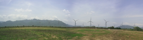 La Venta wind farm on the southern Oaxacan coast. Photo courtesy of Difer, used under creative commons licence