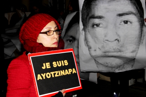 #JeSuisAyotzinapa protest in London